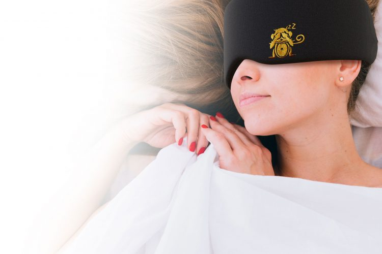 the best sleeping mask, best sleep masks, sleep monkey luxury sleep mask, satin sleep mask, silk sleep mask, greatest sleeping mask